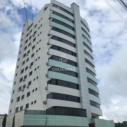Comprar apartamento semi-mobiliado no centro
