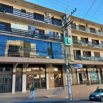 Comprar apartamento no centro semi-mobiliado