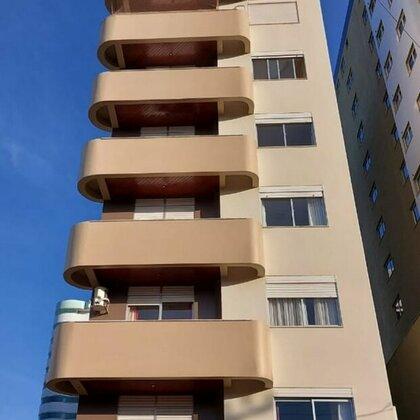 Excelente apartamento mobiliado na área central
