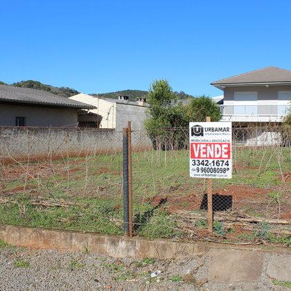 Terreno próximo ao centro à venda em Marau