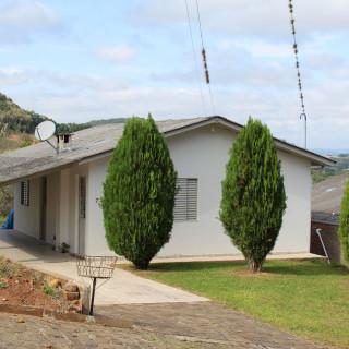 Residência com amplo terreno a venda em Marau/RS