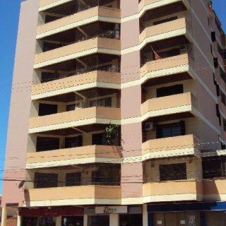 Aluga- se apartamento Central em Marau
