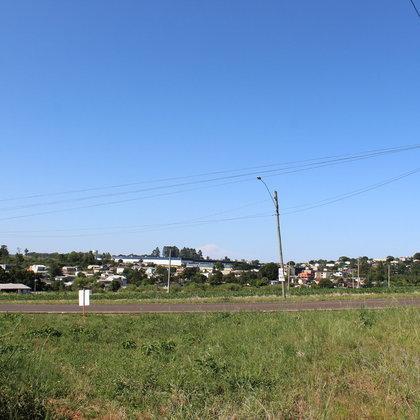 Vende-se terreno de esquina em Marau / RS
