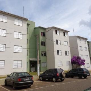 Apartamento à venda Bairro Frei Adelar