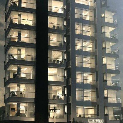 Vende-se apartamento, amplo e  central