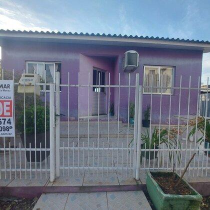 Vende-se casa no bairro Santa Lúcia