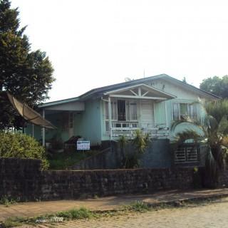 Vende-se casa em Marau