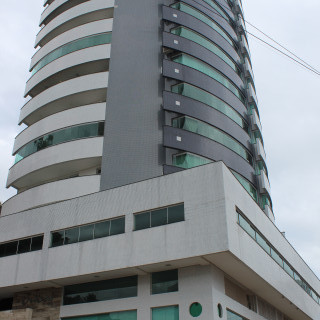 Vende-se Sala Comercial Central em Marau / RS