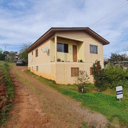 Casa a venda no bairro Santa Lúcia