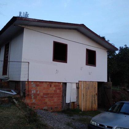 Vende-se casa em Ciríaco