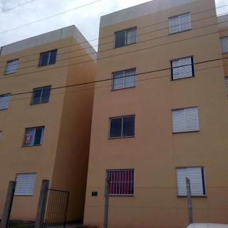 Vende-se apartamento 2 dormitórios frei adelar em Marau