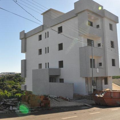 Vende-se apartamento no Loteamento Santin