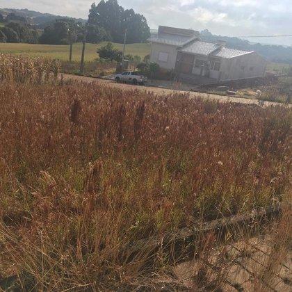 Vende-se terreno de Esquina no Vila Bela