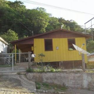 Casa de madeira em Vila Maria/RS