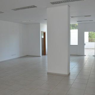 Ótima sala comercial no centro de Marau -RS
