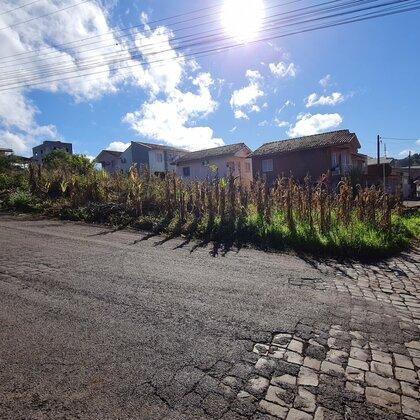 Vende-se excelente terreno de esquina no Portal do Sol em Marau