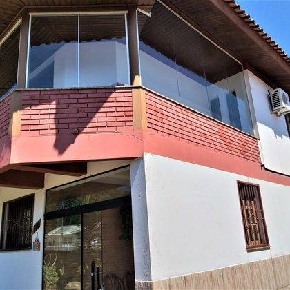Vende-se Casa no centro em Gentil