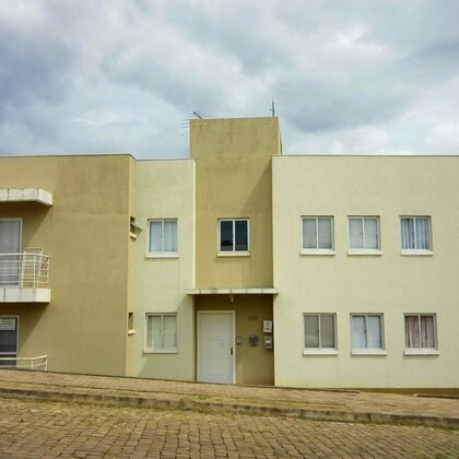 Apartamento térreo para locação