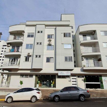 Apartamento central para locação
