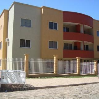 Apartamento em ótima localização, situado a duas quadras da Avenida Julio Borella