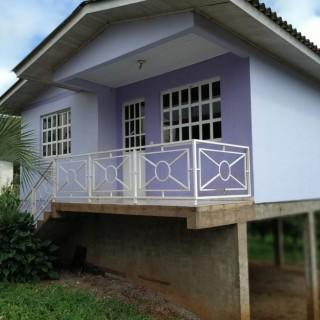 Vende-se ótima casa próxima ao centro de Marau