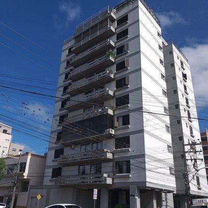 Vende-se apartamento 3 Dormitórios Edifício Fuga no centro em Marau