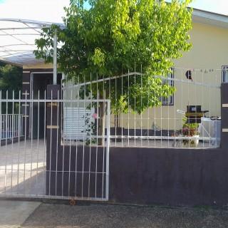 Vende-se linda casa no bairro  jardim do sol em Marau.