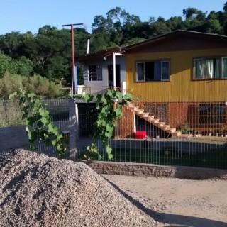 Vende-se casa no fuga em Marau