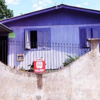 Vende-se casa Santa Lúcia