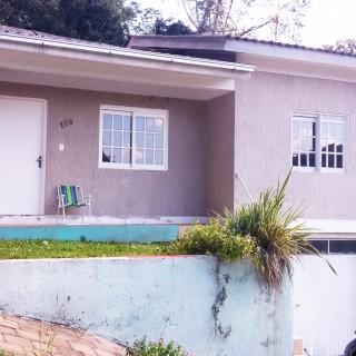 Vende-se casa 3 dormitórios próximo ao hospital cristo redentor em Marau