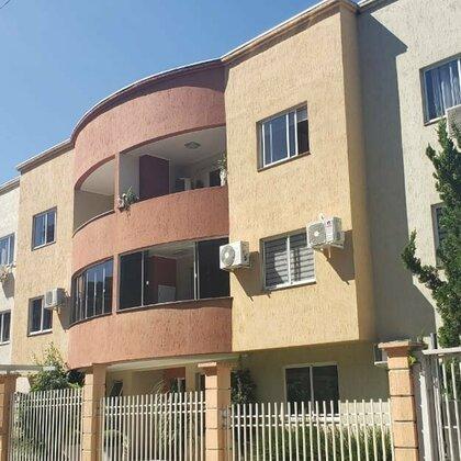 Apartamento a venda a 2 quadras da Av. Júlio Borella