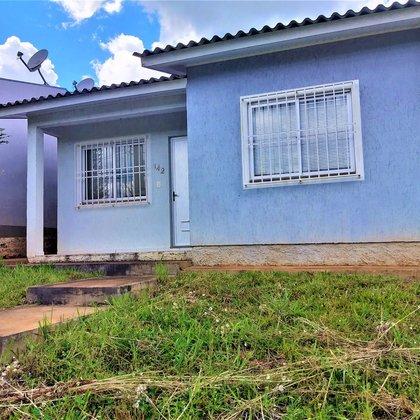 Vende-se casa no Colinas em Marau