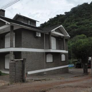 Vende-se lindíssima casa em Vila Maria