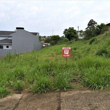 Vende-se Excelentes Terrenos Ideal para condomínio no Frei Adelar em Marau