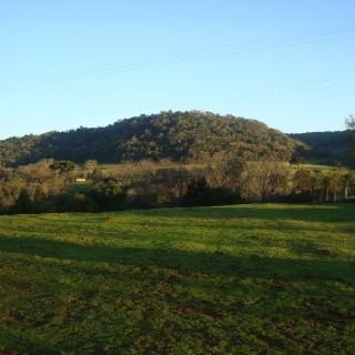 Vende-se área para sítio próximo ao parque de rodeio em Marau