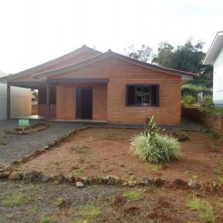 Casa 3 dormitórios em Machadinho -RS
