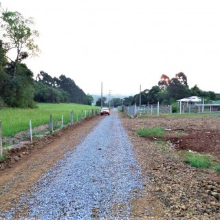 Vende-se Terreno para Sitio