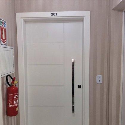 Vende-se apartamento novinho no centro de Marau