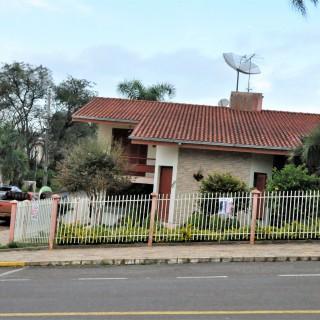 Vende-se casa no bairro bosque em Marau
