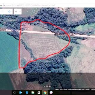 Vende-se área de terra a 800m da perimetral em direção a Nicolau Vergueiro