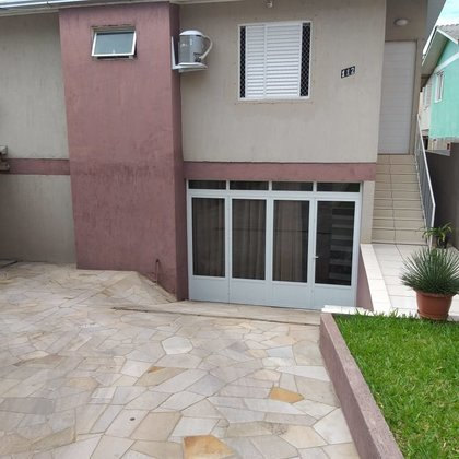 Vende-se linda casa no Bairro Santa Rita em Marau