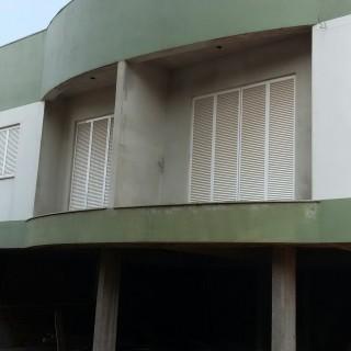 Vende-se apartamento em construção em Marau