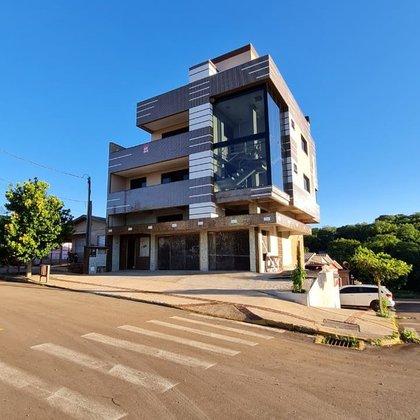 Vende-se apartamento com sala comercial no Bairro Borges