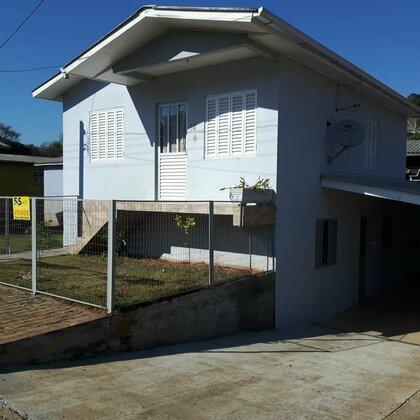 Vende-se Casa 2 pisos no Loteamento Dalberto